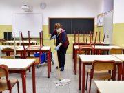Scuola, in pagamento nuovo bonus: 600 euro per addetti a mense e pulizie